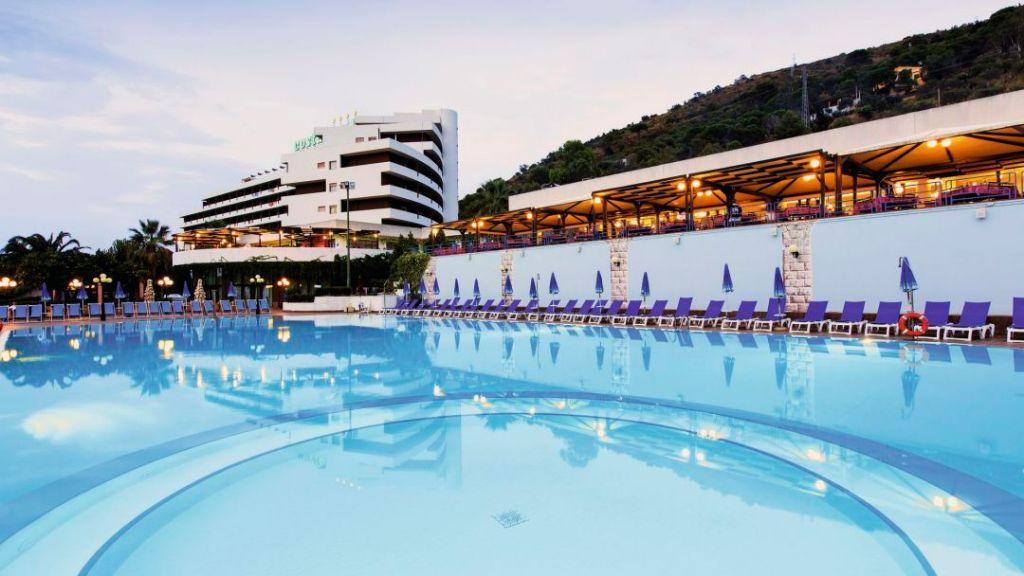 CAPODANNO-AL-COSTA-VERDE-HOTEL-CLUB-