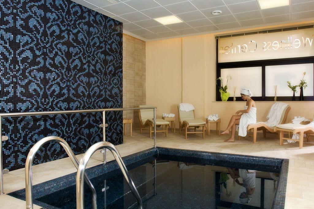 FUGA-IN-RELAX---MAHARA-HOTEL-4*