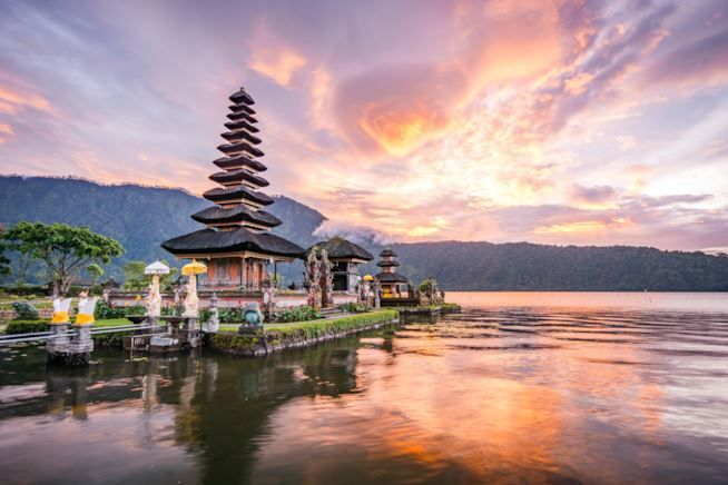 GIAPPONE-&-THAILANDIA